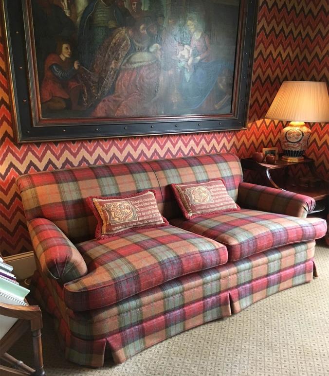 sofa-big.jpg