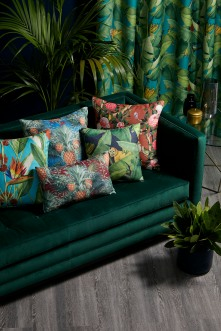 New – The Luxe Collection from Warwick Fabrics – Seattle Sofa