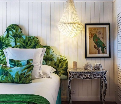 bedhead-in-villa